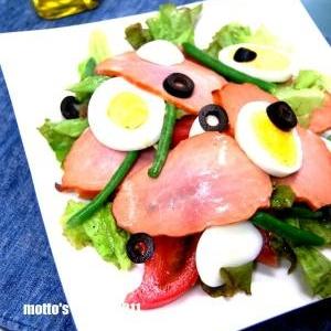 シンプルドレッシングで☆茹で卵とハムのサラダ☆