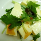 ゆで豆腐とみつ葉のオリーブポン酢しょう油かけ♪