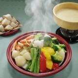 タジンで☆彩り蒸し野菜のチーズフォンデュ♪