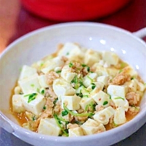 鶏ひき肉の塩麹マーボー豆腐