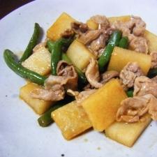 豚肉と山芋のバター醤油炒め