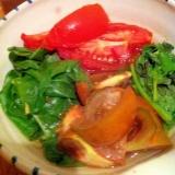 せりとトマトの冷たい煮浸し