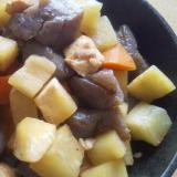 大根、人参、こんにゃく、鶏肉のピリ辛煮