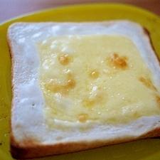 簡単美味!チーズケーキトースト