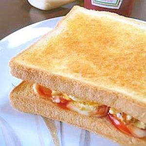 朝食にランチに 簡単オーロラオムレツサンド