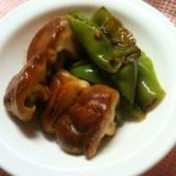椎茸と万願寺唐辛子のバター炒め