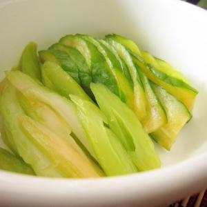 漬け物☆胡瓜とセロリのヨーグルト味噌漬け