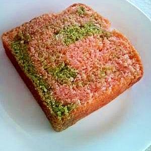 桜と抹茶のマーブルケーキ