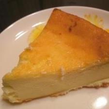 簡単!!混ぜて焼くだけチーズケーキ