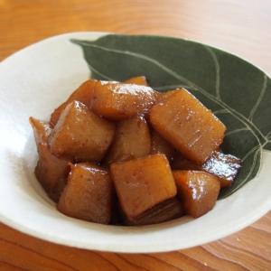 ピリリとゆず胡椒が美味しい!簡単こんにゃくの炒り煮