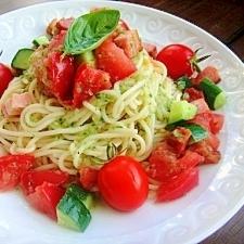 夏におすすめ♪キュウリとトマトの冷製パスタ