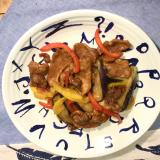 カリカリ揚げ豚と彩野菜のポン酢炒め