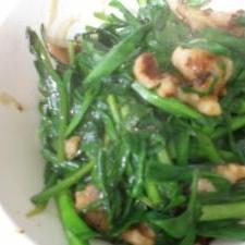 漢の鶏肉ニラ炒め