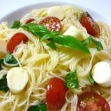 早くて美味しい☆トマト・バジル・チーズの冷製パスタ