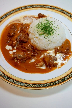 ロシアの伝統料理がご家庭で簡単!ビーフストロガノフ