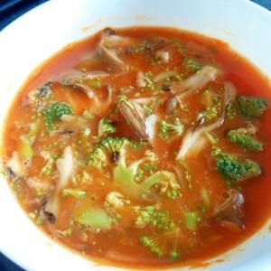 レンジで3分!野菜(トマト)ジュースで野菜スープ!