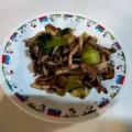 ⭐節約⭐鶏胸肉と青梗菜のとろ〜りキノコ炒め