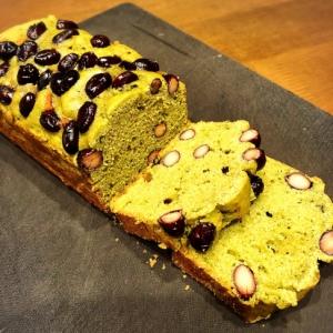 バター砂糖少なめ☆米粉黒豆の青汁パウンドケーキ