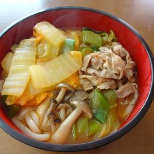 キムチ鍋のスープを使って!簡単キムチうどん