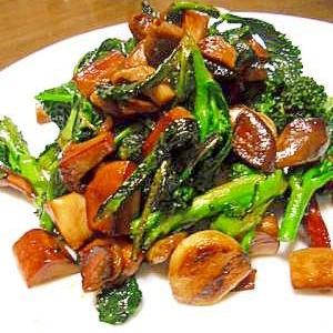 エリンギと葉ブロッコリーのガーリックバルサミコ炒め