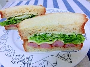 ウインナーとチーズサンドイッチ☆
