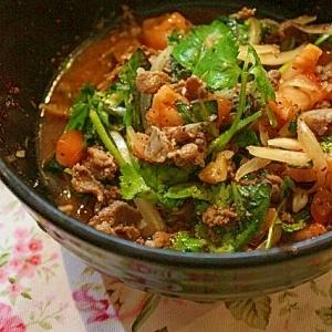 香味野菜たっぷり☆牛肉のタイ風サラダ