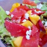 マンゴーとトマトのサラダ