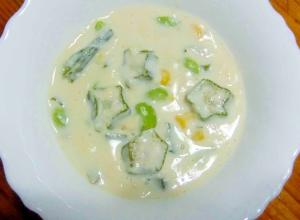 おくらの星の豆乳スープ