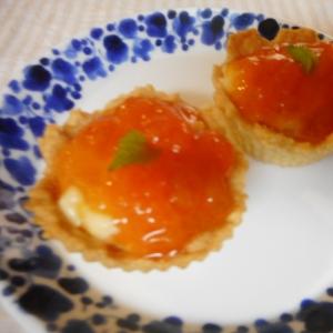 杏ジャムとカスタードのプチタルト