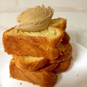デニッシュパンのアイス