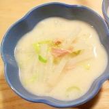 ツナ缶でお味噌汁感覚の粕汁