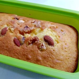 しっとり香ばしい☆ミックスナッツのパウンドケーキ