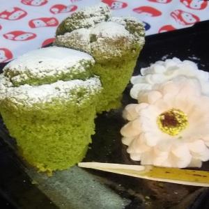 抹茶のふわふわシフォンケーキ