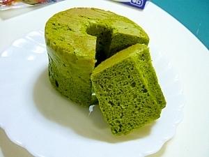 ホットケーキミックスのグリーンティシフォン