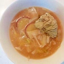 白菜●えのき●さつま芋の具だくさん味噌スープ