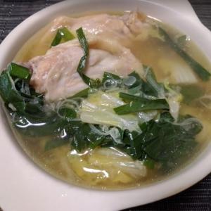白菜と手羽先の生姜スープ