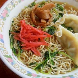 焼肉のタレ入り❤インスタントラーメン♪(水餃子)