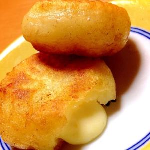カリットロッモチッ♡簡単じゃがいもチーズ餅