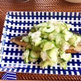 糖質制限☆焼き塩鯖のきゅうりごまおろしのせ