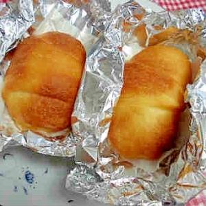 ココナッツオイルでジューシーはちみつパン!