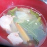 鷄肉キャベツ人参コンソメスープ