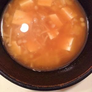 エノキと豆腐の味噌汁