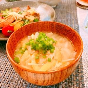 朝食にも☆キャベツとえのきと油揚げのお味噌汁