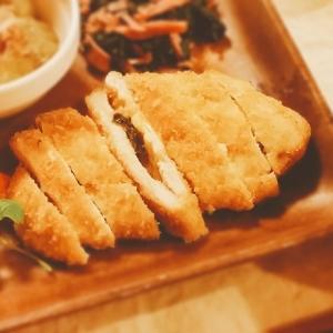 梅しそチーズin ささみ焼きカツ【脂質13.1g】