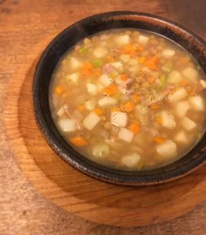 カンタン♪鉄分補給♡レンズ豆とやさいのスープ