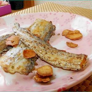 タチウオのガーリックハーブ焼き