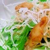 サクサク揚げ春雨♪鶏皮と水菜のサラダ