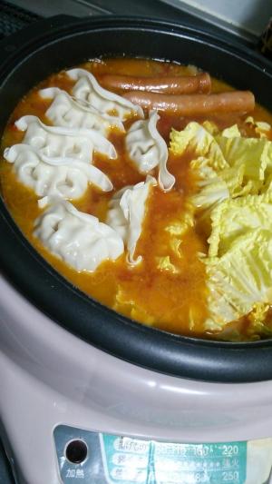 ホールトマトで作るトマト鍋