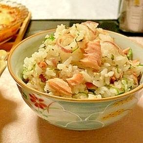 あっさりと美味しい!鮭の香味ご飯、シメにもどうぞ!