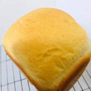 HB!オレンジジュースの食パン